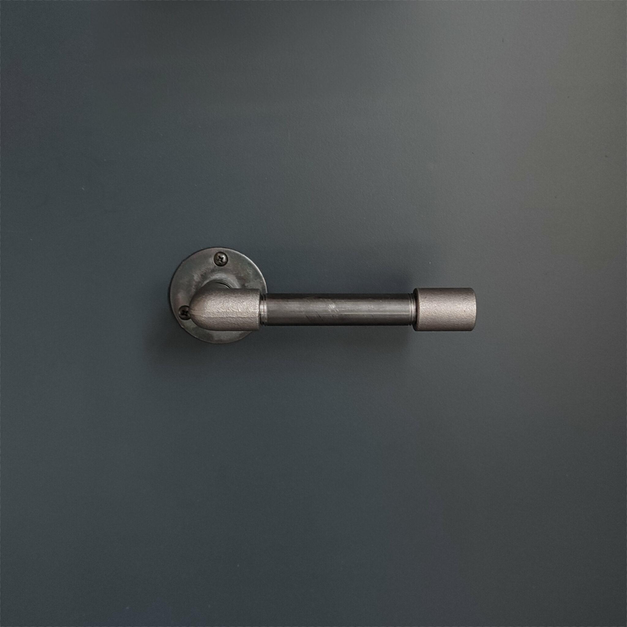 Porte rouleau WC Design – droit – Assemblé – MCFK0130012W1A00